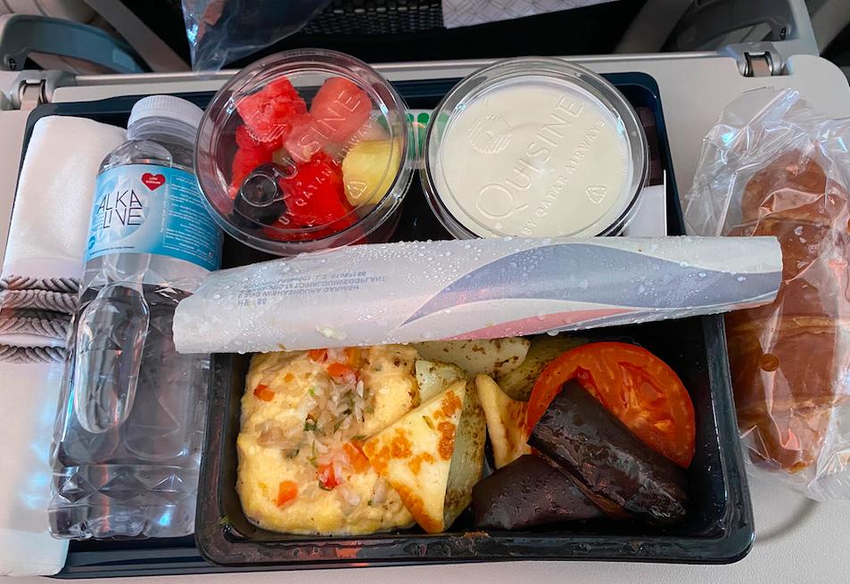 カタール航空の機内食(朝ごはん2)